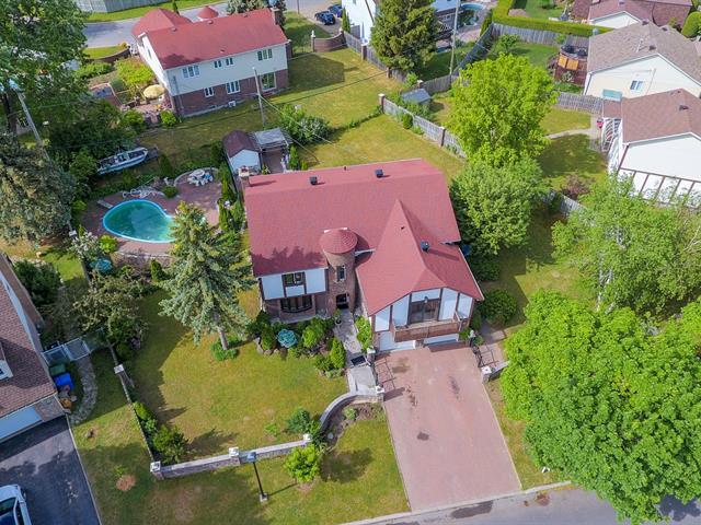 Terrain à vendre à Kirkland, Montréal (Île), Rue  Meridian, 12801535 - Centris.ca