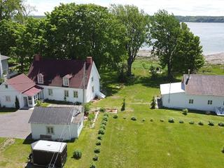 House for sale in Saint-Laurent-de-l'Île-d'Orléans, Capitale-Nationale, 7099, Chemin  Royal, 13079211 - Centris.ca
