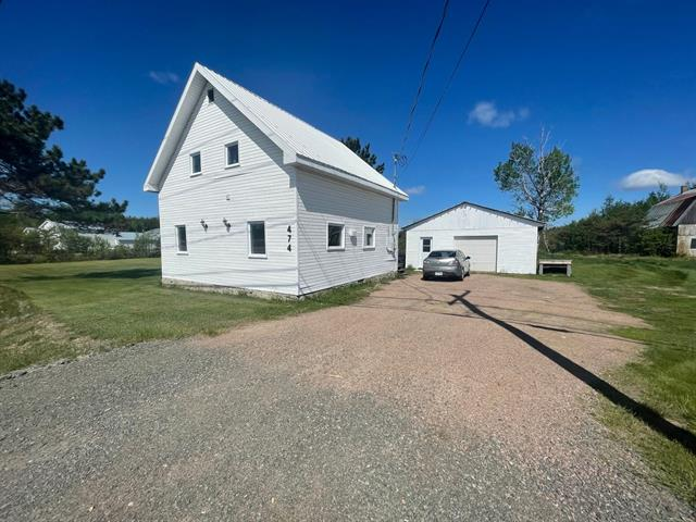 Maison à vendre à Sainte-Jeanne-d'Arc (Saguenay/Lac-Saint-Jean), Saguenay/Lac-Saint-Jean, 474, Route  169, 13452902 - Centris.ca