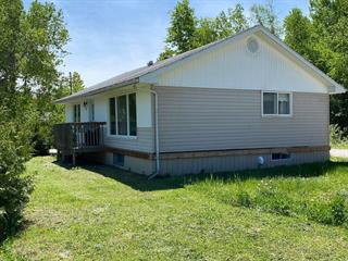 House for sale in Kipawa, Abitibi-Témiscamingue, 95, Rue  Principale, 12963037 - Centris.ca