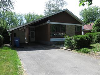 House for rent in Candiac, Montérégie, 106, boulevard  Champlain, 13792120 - Centris.ca
