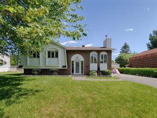 Maison à vendre à Saint-Bruno-de-Montarville, Montérégie, 1052, Rue  Galinée, 21348505 - Centris.ca