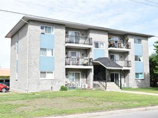 Immeuble à revenus à vendre à Lachute, Laurentides, 112, boulevard de l'Aéroparc, 24682045 - Centris.ca