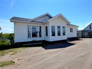 House for sale in Baie-Comeau, Côte-Nord, 2231, boulevard  Laflèche, 15151832 - Centris.ca