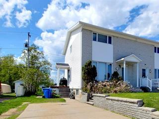 Maison à vendre à Baie-Comeau, Côte-Nord, 71, Avenue  Michel-Hémon, 14472963 - Centris.ca