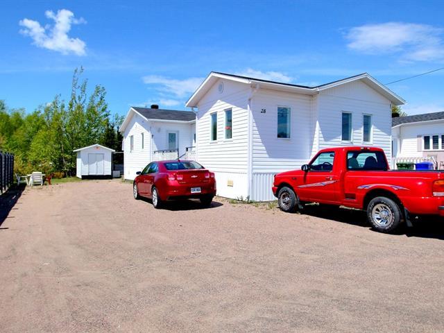 Maison mobile à vendre à Chute-aux-Outardes, Côte-Nord, 28, Rue  Gionet, 25331443 - Centris.ca