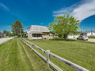 Duplex à vendre à Campbell's Bay, Outaouais, 22 - 24, Rue  Borden, 13651065 - Centris.ca