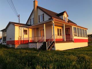 Maison à vendre à Sainte-Anne-des-Monts, Gaspésie/Îles-de-la-Madeleine, 71, boulevard  Perron Ouest, 24584371 - Centris.ca