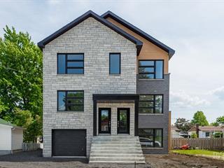 Triplex for sale in Laval (Sainte-Rose), Laval, 23, Rue du Ruisseau, 13535470 - Centris.ca