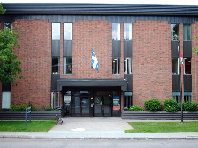 Commercial unit for rent in Québec (La Cité-Limoilou), Capitale-Nationale, 1040, Avenue  Belvédère, suite 310, 24967692 - Centris.ca