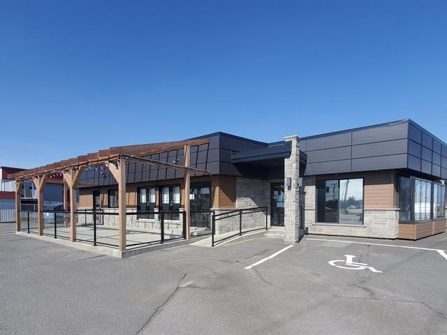 Bâtisse commerciale à vendre à Saint-Henri, Chaudière-Appalaches, 2768, Route du Président-Kennedy, 16122221 - Centris.ca