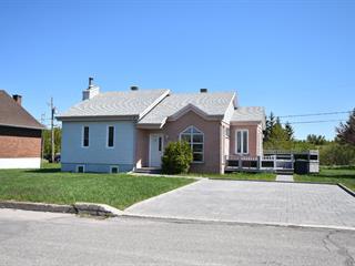 Maison à vendre à Trois-Pistoles, Bas-Saint-Laurent, 575, Rue  Deschênes, 20601445 - Centris.ca