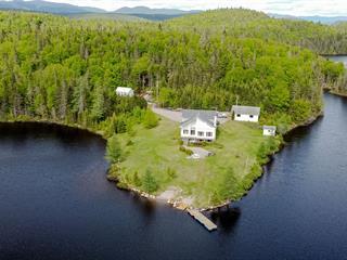 House for sale in Sainte-Rose-du-Nord, Saguenay/Lac-Saint-Jean, 1, Lac  Benouche, 18952700 - Centris.ca