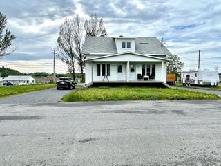 Duplex à vendre à Saint-Nazaire, Saguenay/Lac-Saint-Jean, 2001 - 2003, Rue  Bouchard, 18624996 - Centris.ca