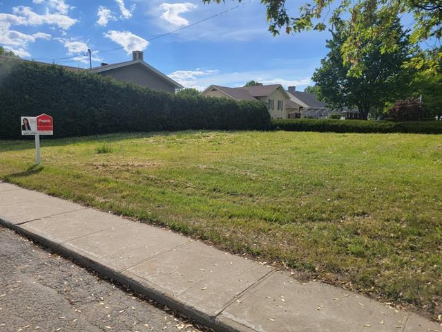 Terrain à vendre à Saint-Narcisse, Mauricie, Rue  Notre-Dame, 12549807 - Centris.ca