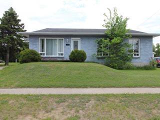 Maison à vendre à Dolbeau-Mistassini, Saguenay/Lac-Saint-Jean, 133, Avenue  Boivin, 14484946 - Centris.ca