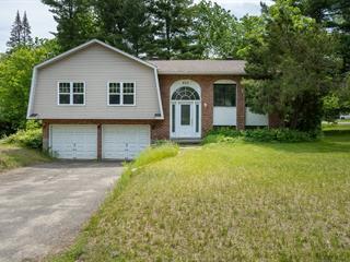 Maison à vendre à Hudson, Montérégie, 403, Rue  Bellerive, 12981187 - Centris.ca