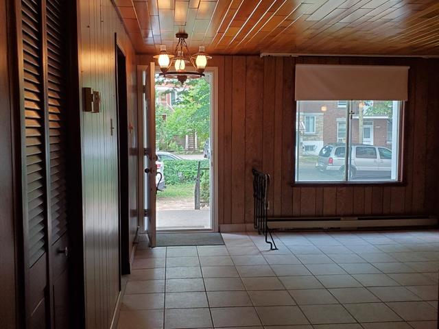 House for rent in Montréal (Le Sud-Ouest), Montréal (Island), 6886, Rue  Jogues, 12260973 - Centris.ca