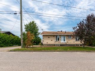 House for sale in Sainte-Anne-du-Lac, Laurentides, 27, Rue de l'Église, 17897393 - Centris.ca