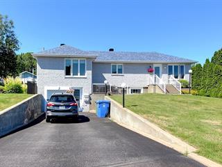 Maison à vendre à Baie-Comeau, Côte-Nord, 1136, Rue des Rochers, 22515657 - Centris.ca
