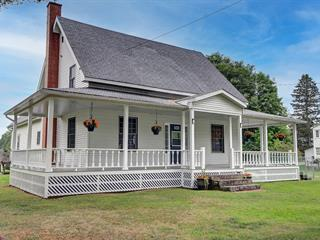 House for sale in Bury, Estrie, 566, Rue  Main, 24481002 - Centris.ca