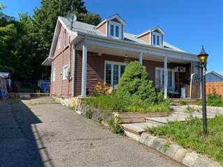 House for sale in Brownsburg-Chatham, Laurentides, 394, Rue  Saint-Laurent, 28850574 - Centris.ca
