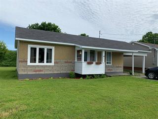 Maison à vendre à Pointe-à-la-Croix, Gaspésie/Îles-de-la-Madeleine, 14, Rue  Berthelot, 13498924 - Centris.ca