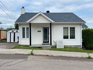 House for sale in Saguenay (Chicoutimi), Saguenay/Lac-Saint-Jean, 744, Rue des Eudistes, 25830339 - Centris.ca
