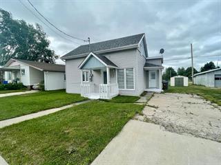 House for sale in Dolbeau-Mistassini, Saguenay/Lac-Saint-Jean, 24, Rue des Trappistes, 27214999 - Centris.ca