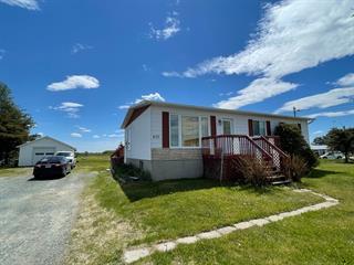 Maison à vendre à Val-d'Or, Abitibi-Témiscamingue, 437, Route  111, 19077310 - Centris.ca