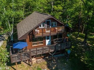 Cottage for sale in Lac-Sainte-Marie, Outaouais, 26, Rue  Dubeau, 20015537 - Centris.ca