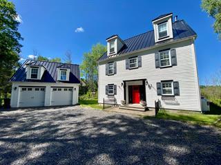 House for sale in Saguenay (Lac-Kénogami), Saguenay/Lac-Saint-Jean, 3832, Chemin  Bouchard, 25070563 - Centris.ca
