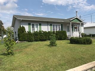 House for sale in Saint-Alexis, Lanaudière, 211, Rue  Principale, 22983499 - Centris.ca
