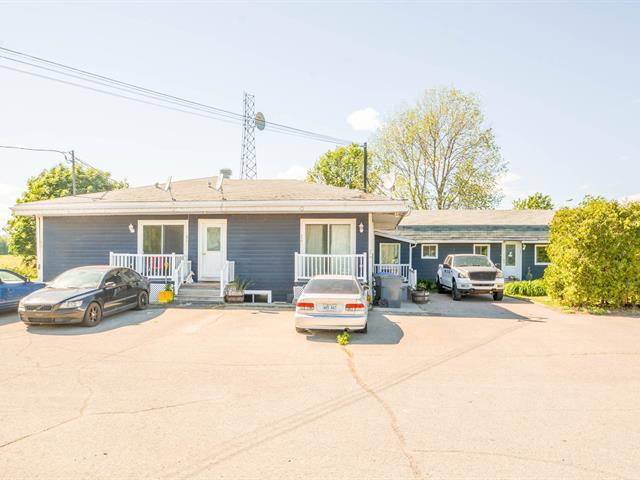 Immeuble à revenus à vendre à Rivière-Beaudette, Montérégie, 575 - 587, Chemin de la Frontiere, 10376134 - Centris.ca