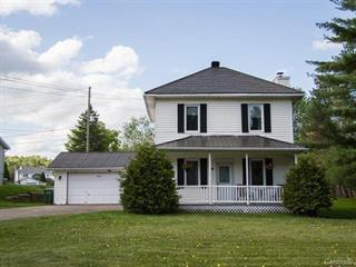 House for sale in Montebello, Outaouais, 461, Rue  Papineau, 21756036 - Centris.ca