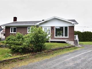 Maison à vendre à Rivière-du-Loup, Bas-Saint-Laurent, 120, Rue  Viger, 28751061 - Centris.ca