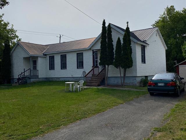 Duplex à vendre à Hinchinbrooke, Montérégie, 1655 - 1657, Chemin  Fairview, 11430305 - Centris.ca