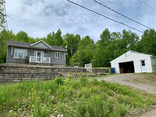 Maison à vendre à Saguenay (Lac-Kénogami), Saguenay/Lac-Saint-Jean, 4645, Rue  Gilbert, 12710208 - Centris.ca