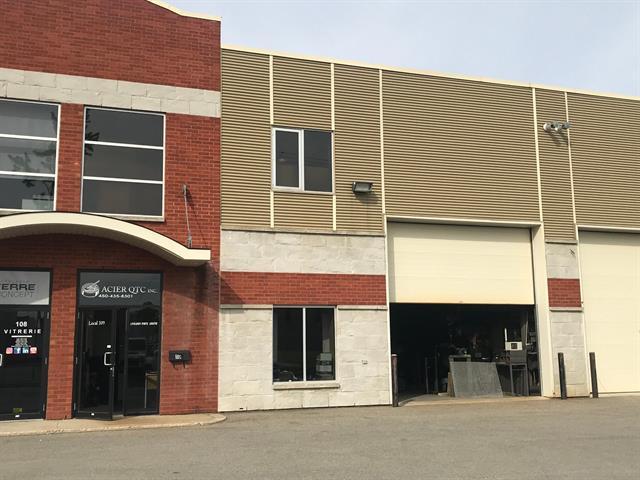 Local industriel à vendre à Blainville, Laurentides, 201, Rue  Omer-DeSerres, local 109, 22203607 - Centris.ca