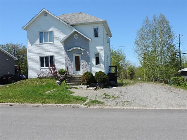 House for sale in Lebel-sur-Quévillon, Nord-du-Québec, 72, Côte du Plateau, 18644613 - Centris.ca