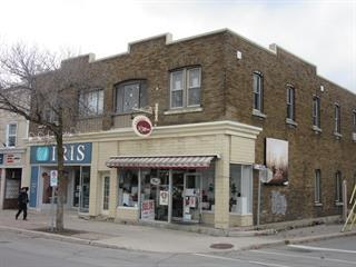 Commerce à vendre à Lachute, Laurentides, 515, Rue  Principale, 13737236 - Centris.ca