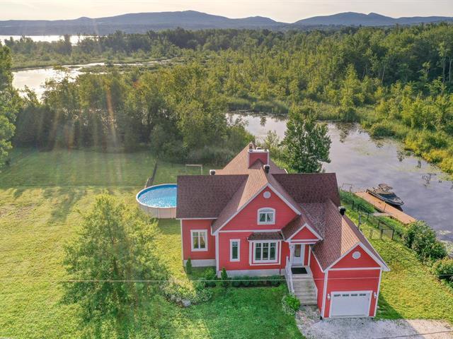 Maison à vendre à Lac-Brome, Montérégie, 9, Rue  Brook, 15792462 - Centris.ca