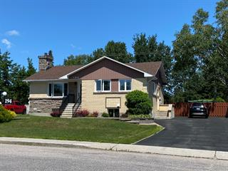 House for sale in Baie-Comeau, Côte-Nord, 194, Rue  Pie-XII, 27585810 - Centris.ca