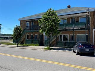 Quadruplex à vendre à Saguenay (Chicoutimi), Saguenay/Lac-Saint-Jean, 5 - 11, Rue du Pont, 14631112 - Centris.ca