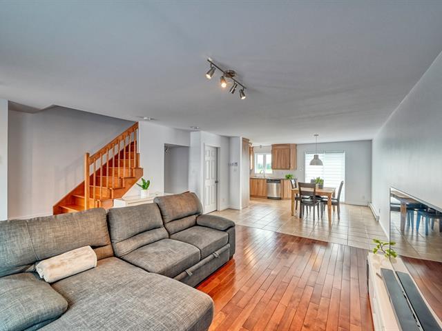 House for sale in Mont-Saint-Grégoire, Montérégie, 495, Rue  Saint-Joseph, 27270723 - Centris.ca