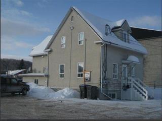 Quintuplex à vendre à Dégelis, Bas-Saint-Laurent, 91 - 99, 7e Rue Est, 9574367 - Centris.ca