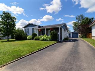Maison à vendre à Dolbeau-Mistassini, Saguenay/Lac-Saint-Jean, 499, Rue  Chopin, 18956252 - Centris.ca