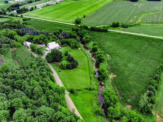 Hobby farm for sale in Saint-Valérien-de-Milton, Montérégie, 2569Z, Chemin  Perreault-Guilmain, 10151180 - Centris.ca