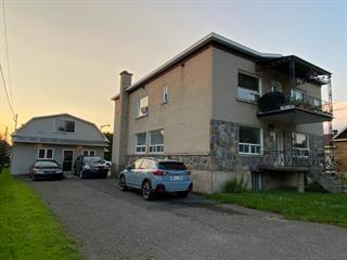 Duplex à vendre à Saint-Cyrille-de-Wendover, Centre-du-Québec, 3945 - 3955, Rue  Principale, 15923738 - Centris.ca