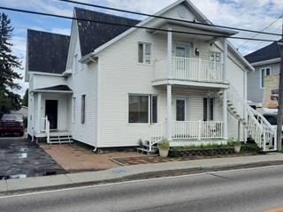 Triplex à vendre à Desbiens, Saguenay/Lac-Saint-Jean, 1125 - 1129, Rue  Hébert, 9692586 - Centris.ca